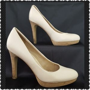Banana Republic Cream Stacked Heels